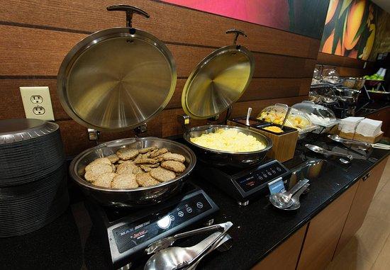 Orangeburg, SC: Breakfast Buffet   Hot Items