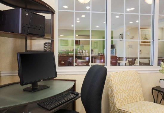 Warren, OH: Business Center