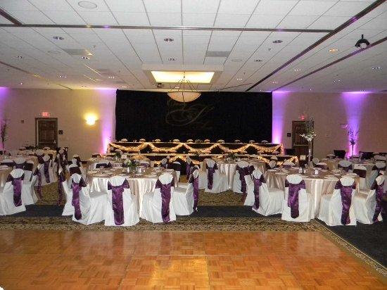 Hilton Garden Inn Champaign/ Urbana: Weddings