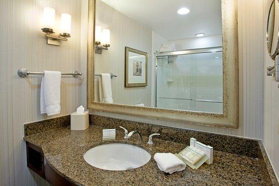 Hilton Garden Inn Nashville/Smyrna: Bathroom Vanity