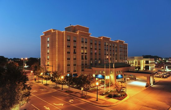 Hilton Garden Inn Virginia Beach Town Center