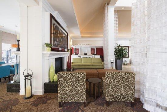 Hilton Garden Inn West Edmonton: Lobby