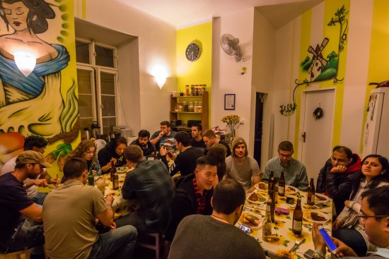 The MadHouse Prague: Family dinners in our kitchen