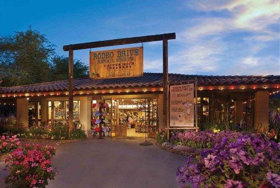Pointe Hilton Squaw Peak Resort : Rodeo Drive Retail Shoppe