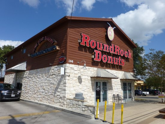 Photo of Donut Shop Round Rock Donuts at 106 W Liberty St, Round Rock, TX 78664, United States