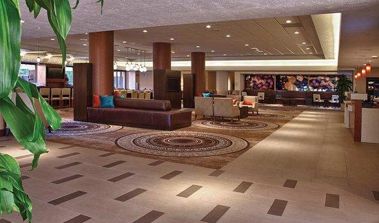 Concord, Kalifornia: Hotel Lobby with Bar