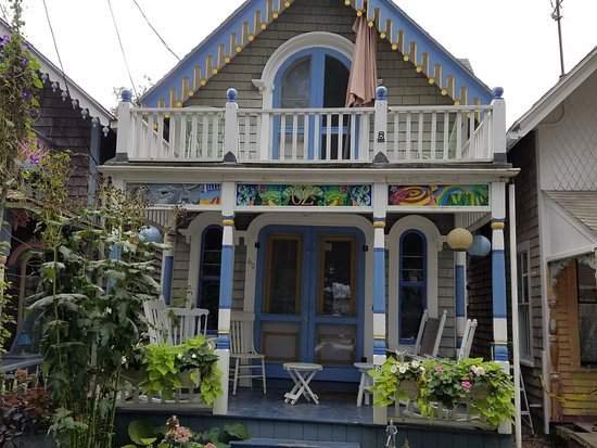 Oak Bluffs, MA: Each house is unique.