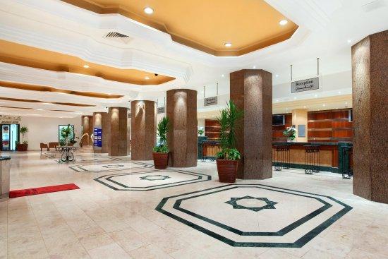 Ramses Hilton: Lobby