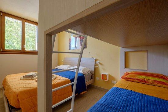 camera Mortirolo (letto matrimoniale + letto a castello con bagno ...