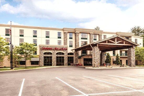 Photo of Hampton Inn & Suites Lake George