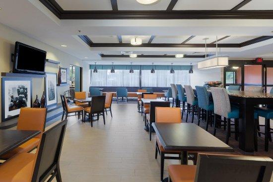 Westampton, NJ: Dining Area