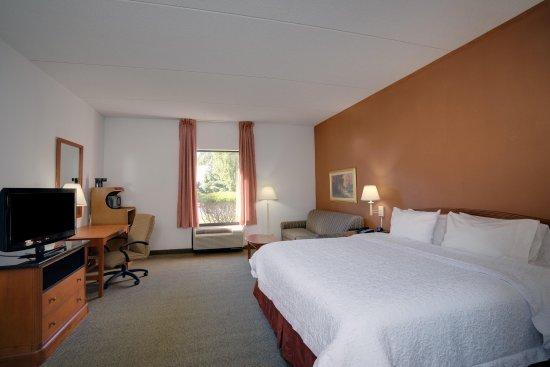 Westampton, NJ: King Bed 2