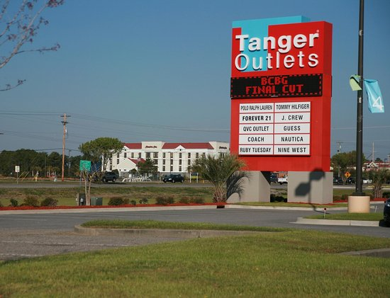 Hampton Inn Myrtle Beach - West: Tanger Outlets