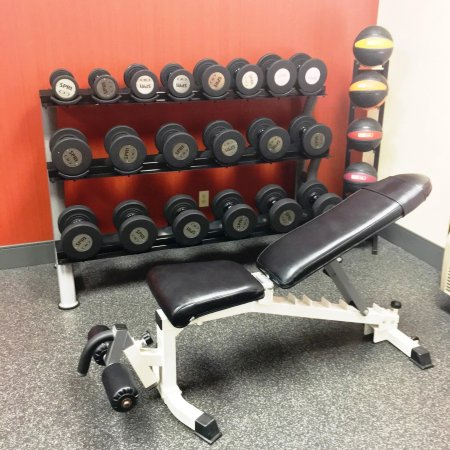 Hays, KS: Free Weights