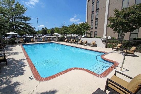 Hampton Inn Birmingham-Colonnade 280: Outdoor Pool