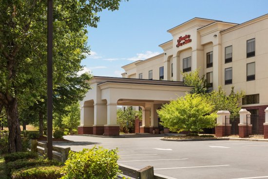 Photo of Hampton Inn & Suites Manchester - Bedford