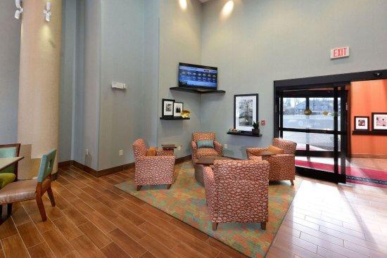 Hampton Inn Raleigh Durham Airport : Lobby