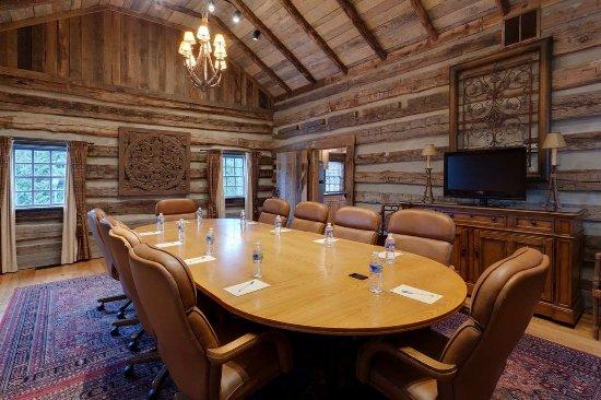 Log cabin interior picture of hampton inn lexington for Cabins in lexington va