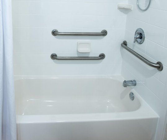 Clarksville, IN: Accessible Tub