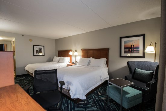 Hampton Inn Louisville-North/Clarksville: Double Queens