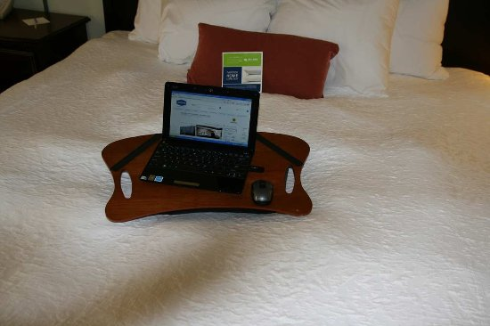 Barboursville, WV: Convenient Lap Desk