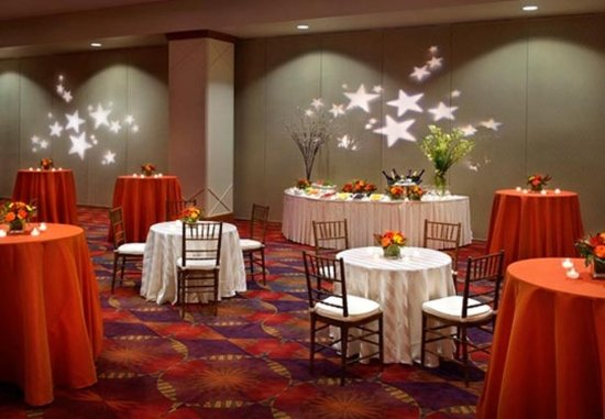 Newton, MA: Commonwealth Ballroom  Reception
