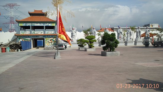 Sitiawan, Malásia: various statues