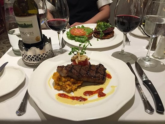 King City, Kanada: Special of the week - 12 oz Grass Fed Bison Steak. American Heart Association recommends bison m
