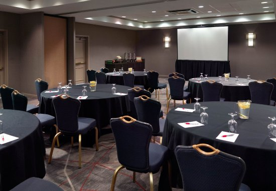 Norcross, GA: Peachtree & Gwinnett Meeting Room