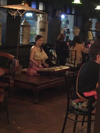 Ban Khun Mae Restaurant