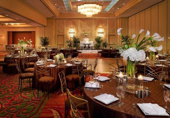 Irving, TX: Ballroom Wedding