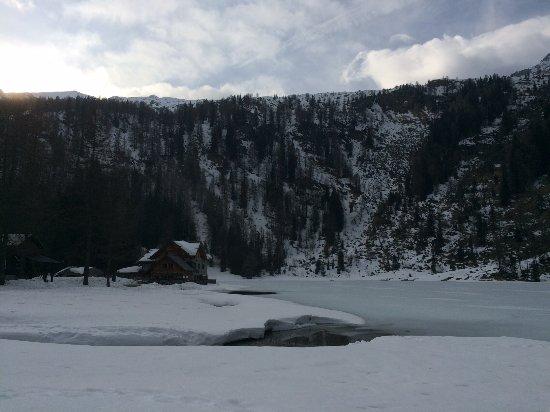 Rifugio Lago Nambino Foto