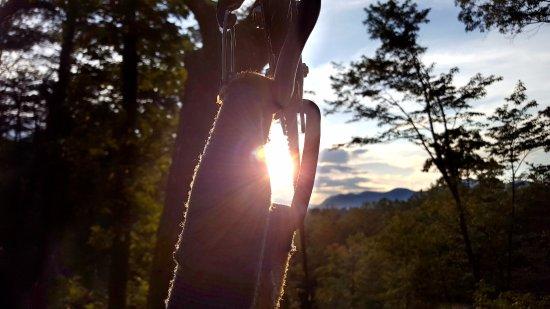 Lake Lure, Carolina del Norte: Sunset view from ZipZilla at Canopy Ridge Farm