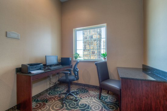 Orrville, OH: Onsite Business Center