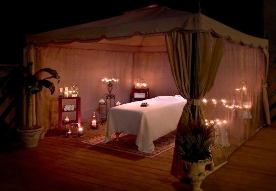Park Ridge, Nueva Jersey: The Botanical Spa Outdoor Cabana Massage