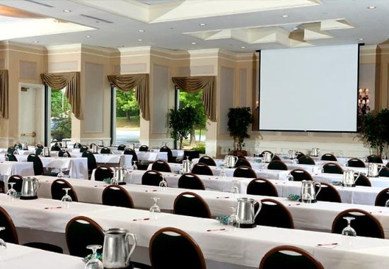 South Portland, ME: Grand Ballroom   Ideal for Conferences