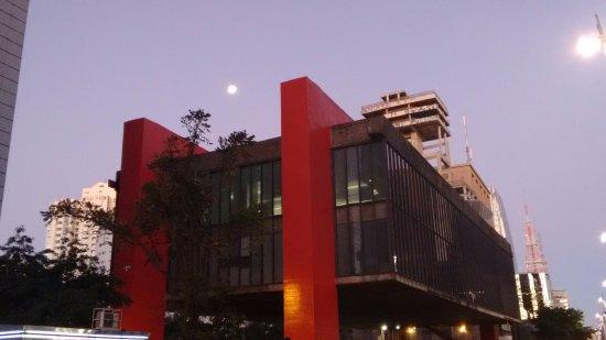 Photo of Museum Museu de Arte de São Paulo Assis Chateaubriand - MASP at Avenida Paulista, 1578, Sao Paulo 01310-200, Brazil