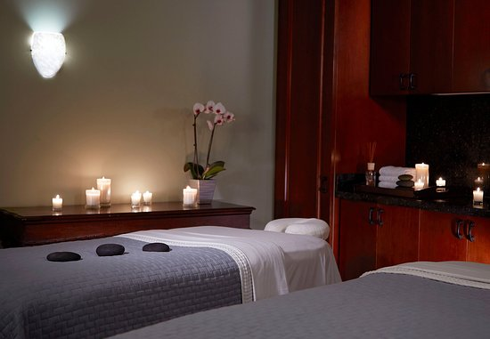 Florence, AL: The Spa at the Shoals   Treatment Room