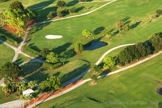 Pinellas Park, FL: Mainlands Golf Course
