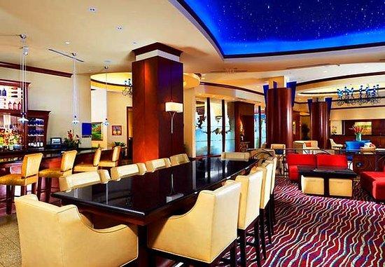 Лейк-Мэри, Флорида: Cobalt's Lounge