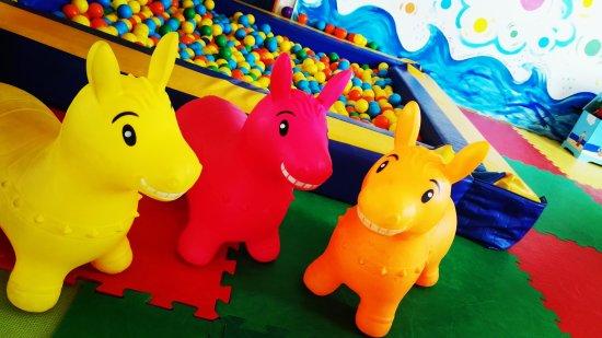 Parco Giochi Tre Porcellini: Area Baby 0/3 anni.. i Piccoli, il nostro Futuro!