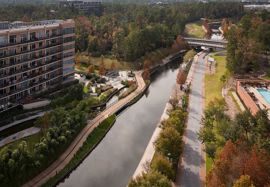 The Woodlands, TX: Water View Room Views