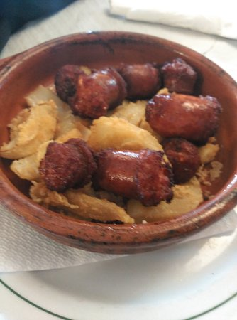Villanueva del Trabuco, Spain: Nos han encantado ,los platos enormes ,sitio acogedor y la comida fenómenal.la zarzuela de maris