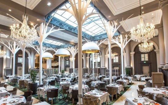 Le grand hotel des thermes marins de st malo saint malo frankrijk foto 39 s reviews en - Verriere kamer ...