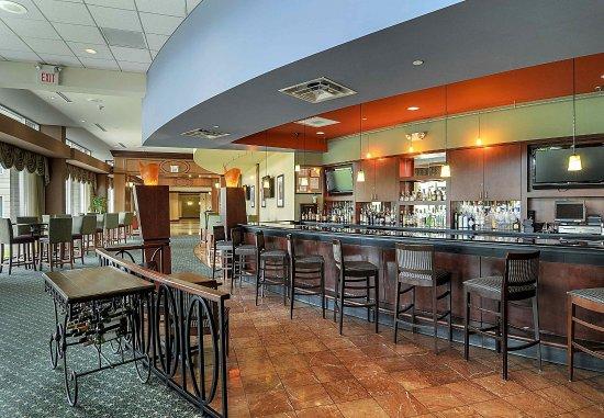 Burr Ridge, IL: Bar