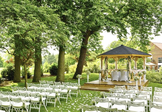 Bearsted, UK: Outdoor Wedding