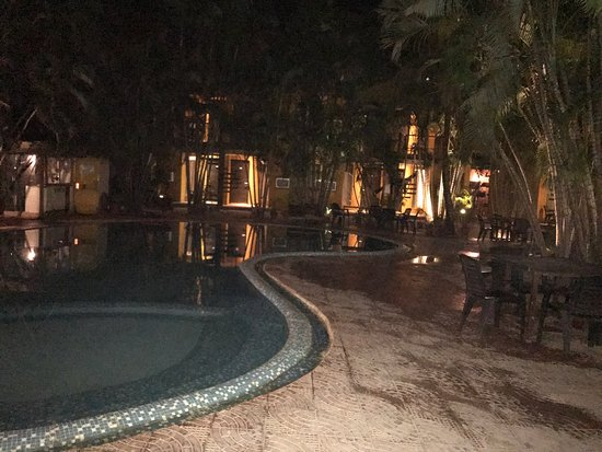 Silver Sands Beach Resort Daman: photo2.jpg