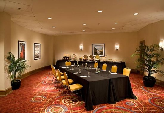 Chicago Marriott at Medical District/UIC: Seminar Meeting Room