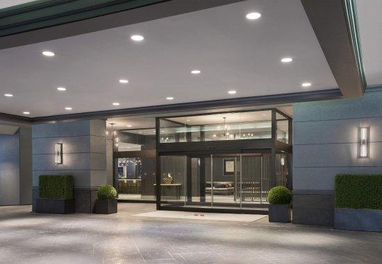 Toronto Marriott Bloor Yorkville Hotel: Entrance