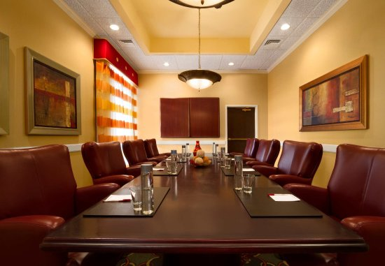 Madison Marriott West: Madison Boardroom
